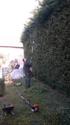 CAPa Jardinier Paysagiste en formation continue sur un chantier pour un particulier.
