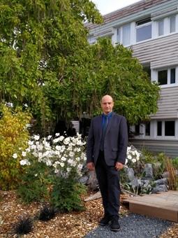 M. Stéphane Amiot, directeur de l'établissement